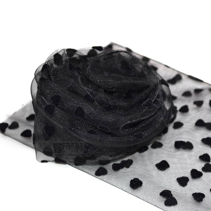 Носки чёрные с бархатными сердечками